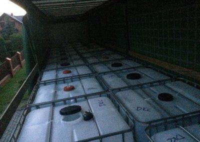 Całosamochodowa dostawa wody demineralizowanej